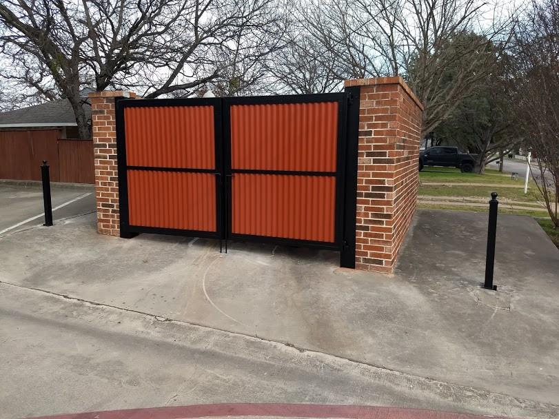 dumpster-enclosure-gates.jpg