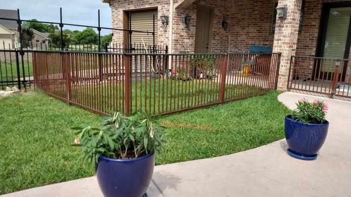 small-fence.jpg