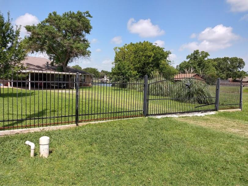 picket-fence-reinforcement.jpg