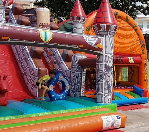 Parques infantiles hinchables y colchonetas Albacete alquiler y venta
