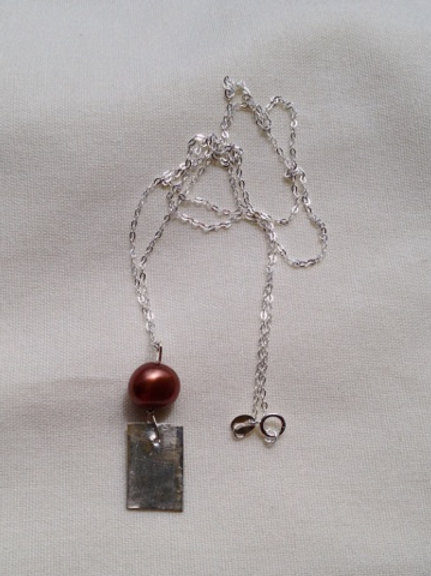 Silver and bronze pearl necklace
