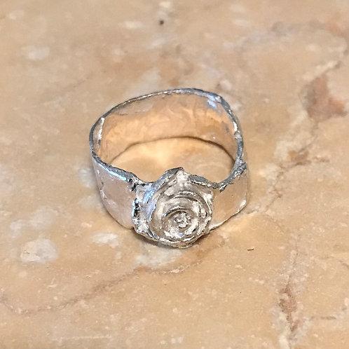 The organic rose ring