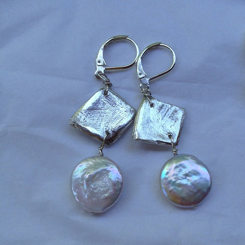 Silver geometric with coin pearl