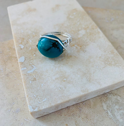 Smooth Oval Turquoise Ring