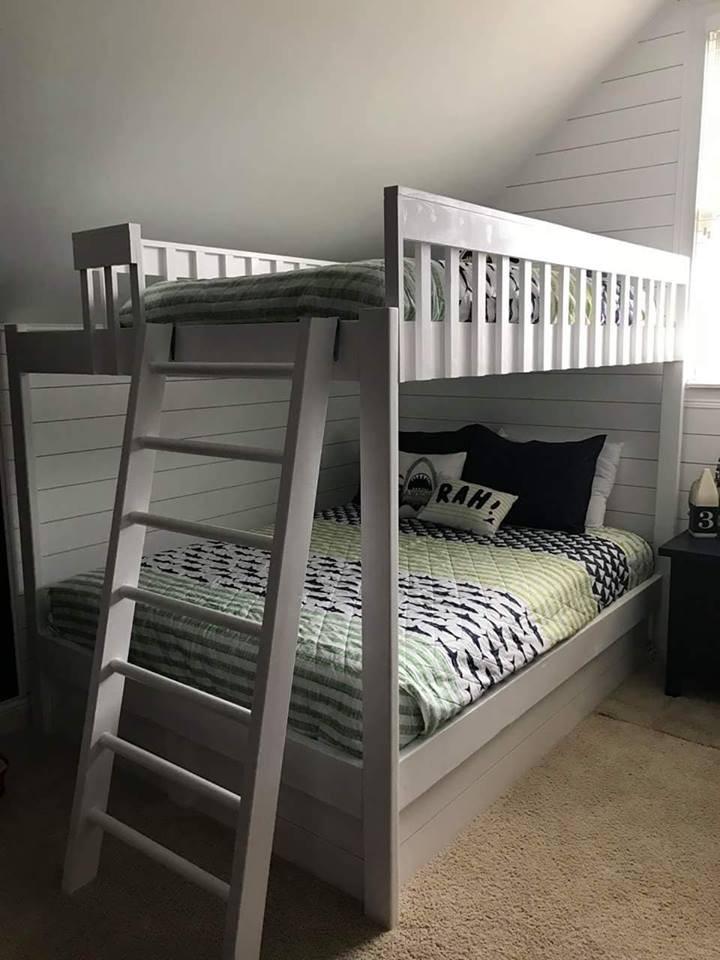 bunk beds 1.jpg