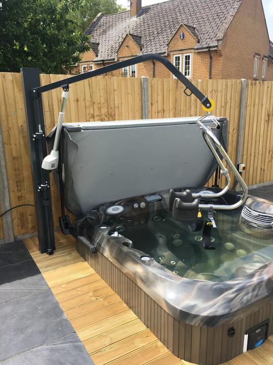 Ridings Mobility – Hot Tub Hoist