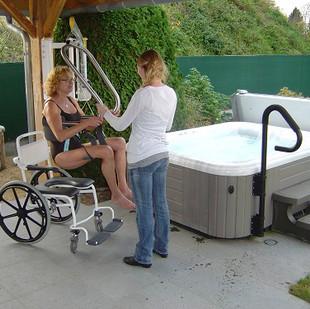 Hot tub hoist wall lift