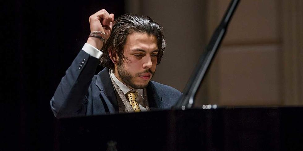 13:30 Nicolas van Poucke, piano