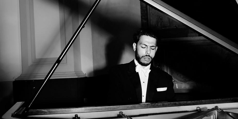 Nicolas van Poucke, piano