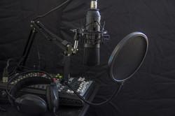 wheel-headphone-vehicle-equipment-microphone-studio-911674-pxhere.com
