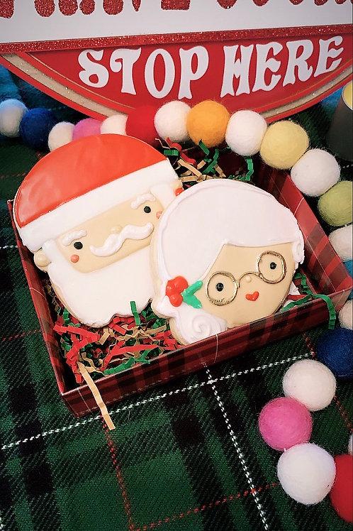 Santa And Mrs. Claus Gift Box