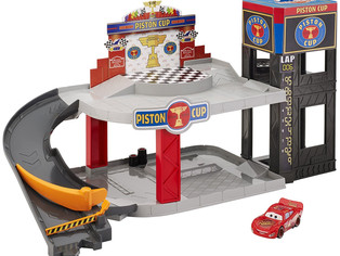Disney, Mattel Piston Cup Racing Garage
