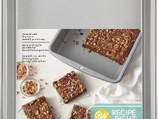 Wilton Recipe Right Non-Stick Oblong Cake Pan,