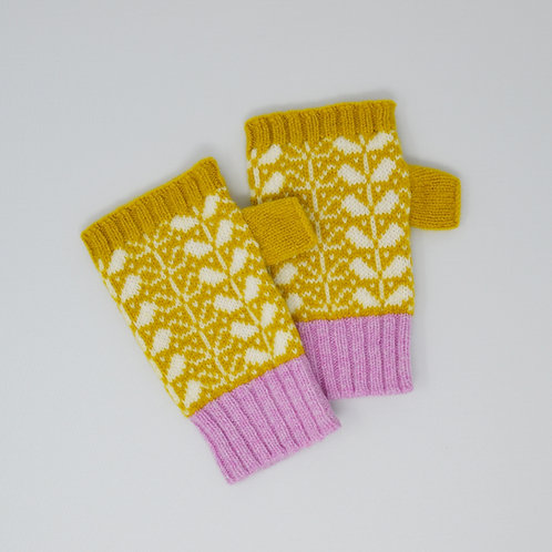 Yellow/white Extra soft Lambswool fingerless gloves with flora pattern