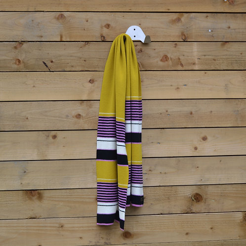 Bright stripe scarf