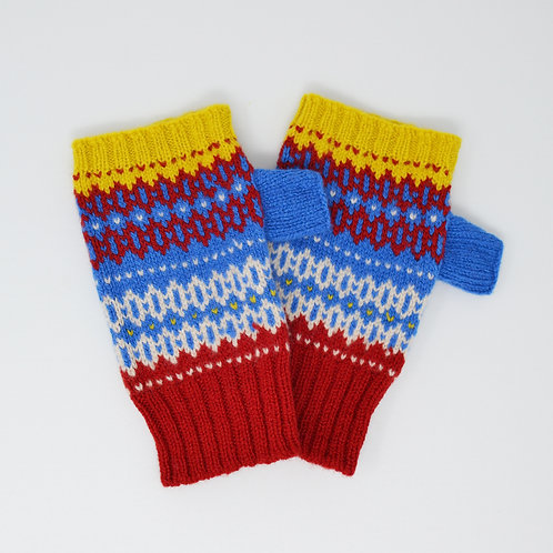 Blue/red/yellow zig zag Hobby pattern gloves