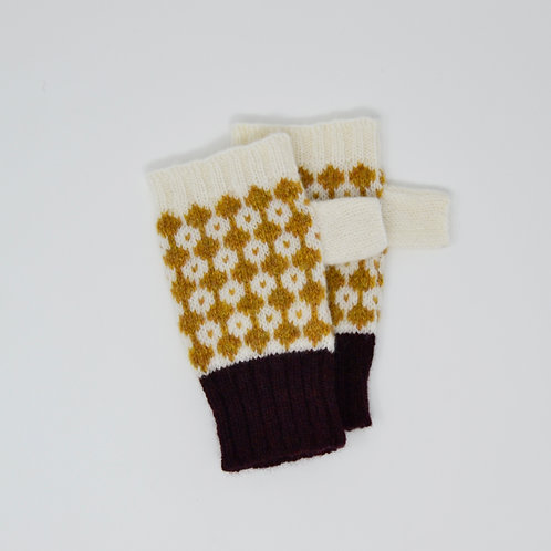 White and mustard yellow gloves with bordeaux edge