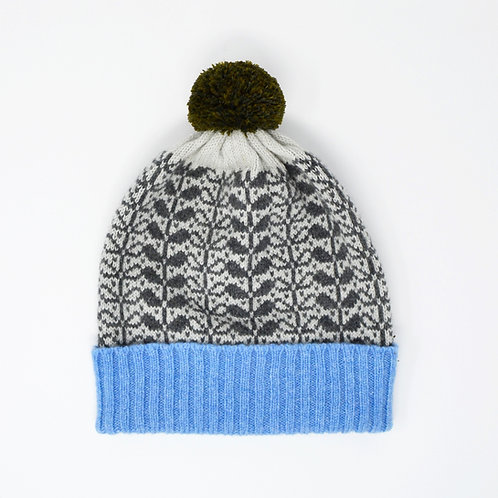 """Leaf pattern""grey Pom Pom hat"