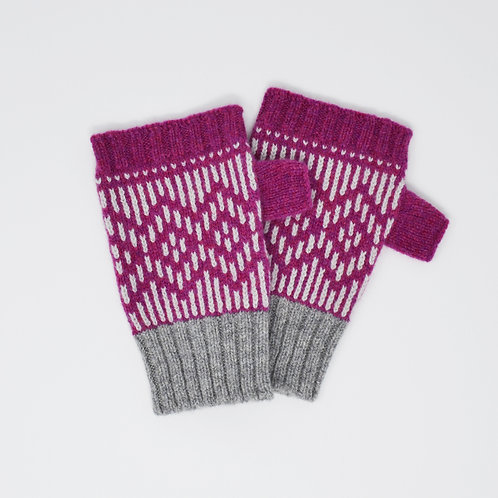 """"""" Dundee graphics"""" Loganberry, grey  fingerless gloves"""