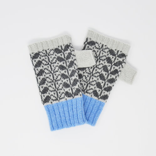 """Leaf pattern""grey fingerless Lambswool gloves"