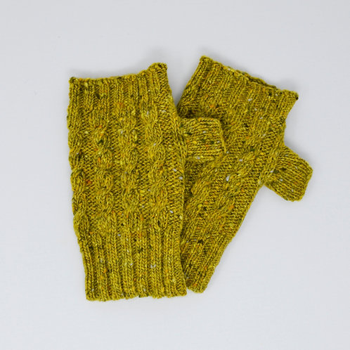 Green Donegal Lambswool fingerless gloves with cable knit pattern