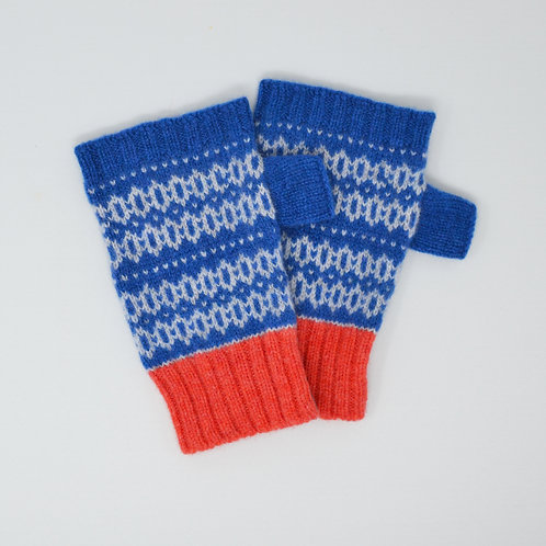 """ Graphics"" gloves in Blue, Coral"