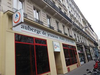 Auberge Paris.jpg