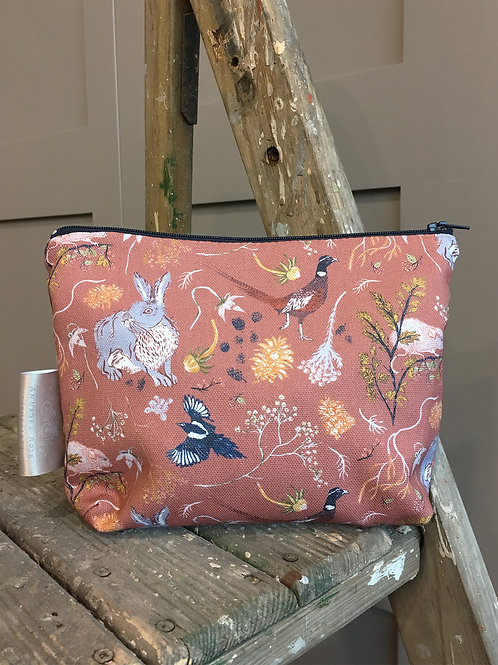 Hedgerow Countryside Pouch