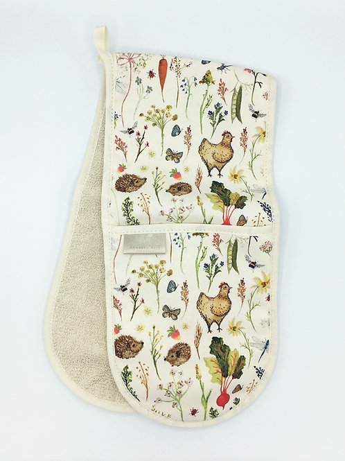 Country Meadows Double Oven Gloves