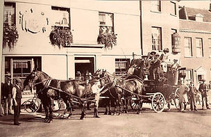 Horse & Carriage approx 1909.jpg
