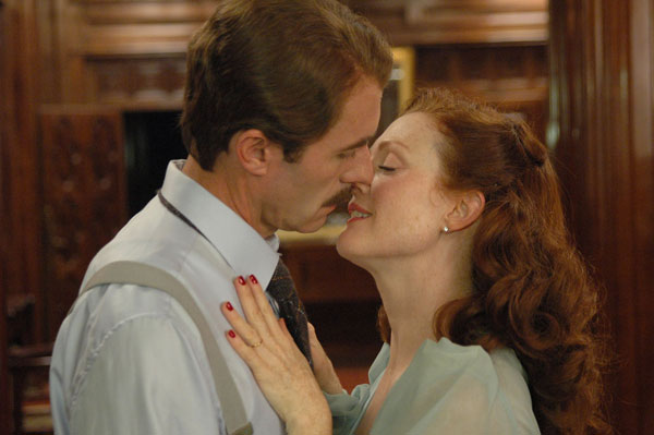 SG8_JulianneMoore&StephenDillane.jpg