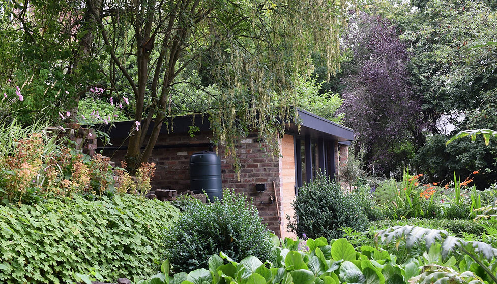 Garden house 1.jpg