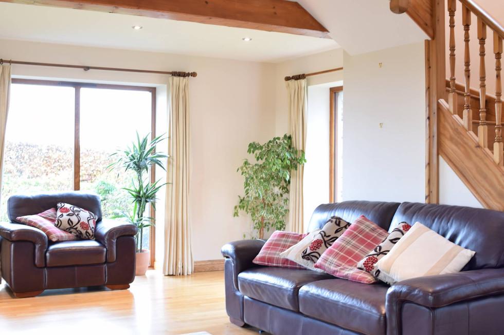 traditional-house-interior-rural-studio.