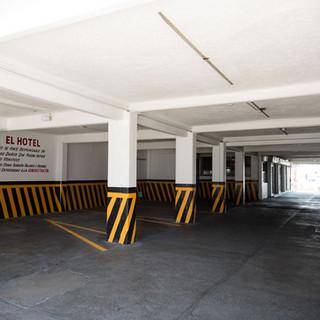 Hotel Central Irapuato_Estacionamiento.j