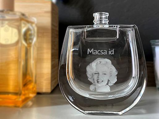 Glass bottle laser marking by Macsa ID D-5005 UV Laser