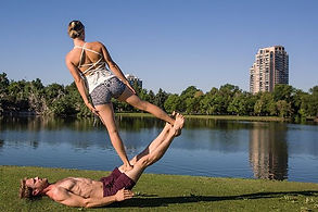 Acroyoga 101 - for the fun & the fearles