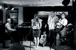"""Pizza Express - Live Show """"Notes of Red"""""""