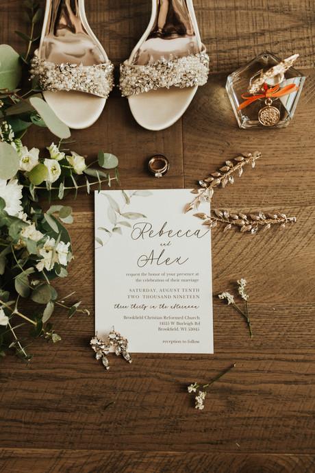 Becca & Alex: Wisconsin Wedding
