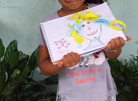 Turminha do 1° Ano B, professora Ingrid Specht, fazendo Arte nas aulas remotas