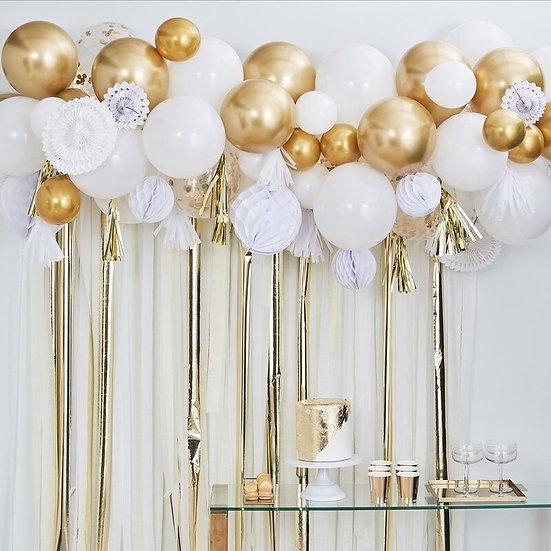 Guirnalda de globos y pomperos oro