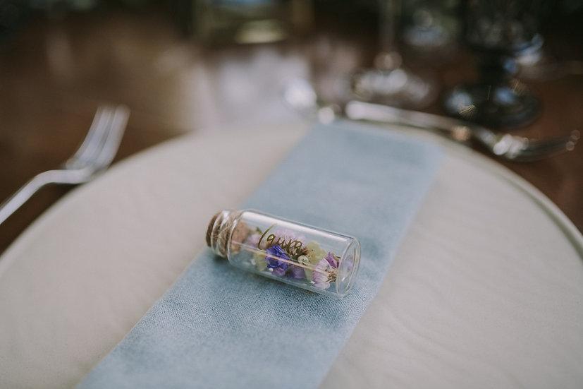 Botellita personalizada con flor seca