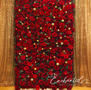 Happy Holidays Wall Flower