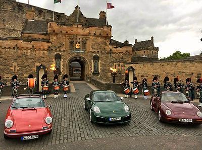 MacKenzie Caledonian Pipe Band - Beating the retreat at Edinburgh Castle