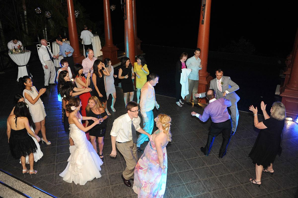 Caletas Party Time