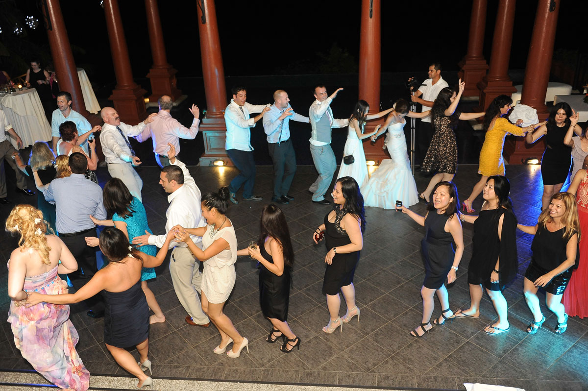 Caletas Hotel Train Dance