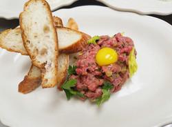 Steak Tartare _ Quail Egg _ Peppered Cro