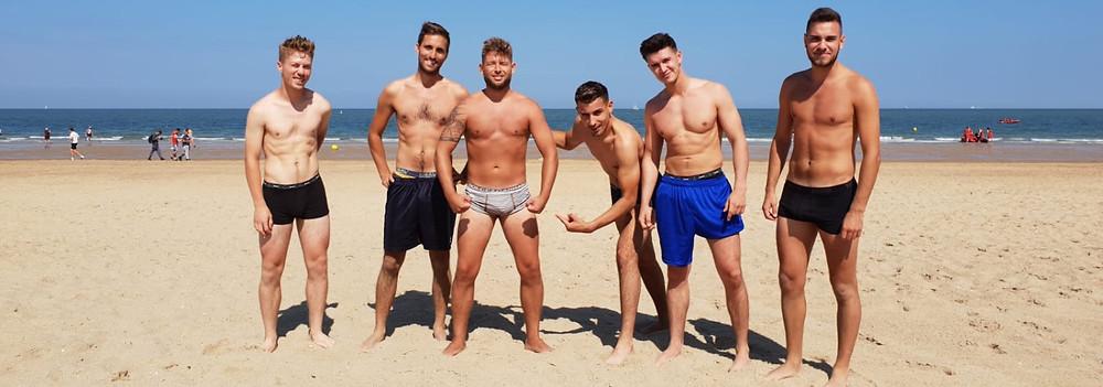 FC Negenmanneke l Fun at the beach!