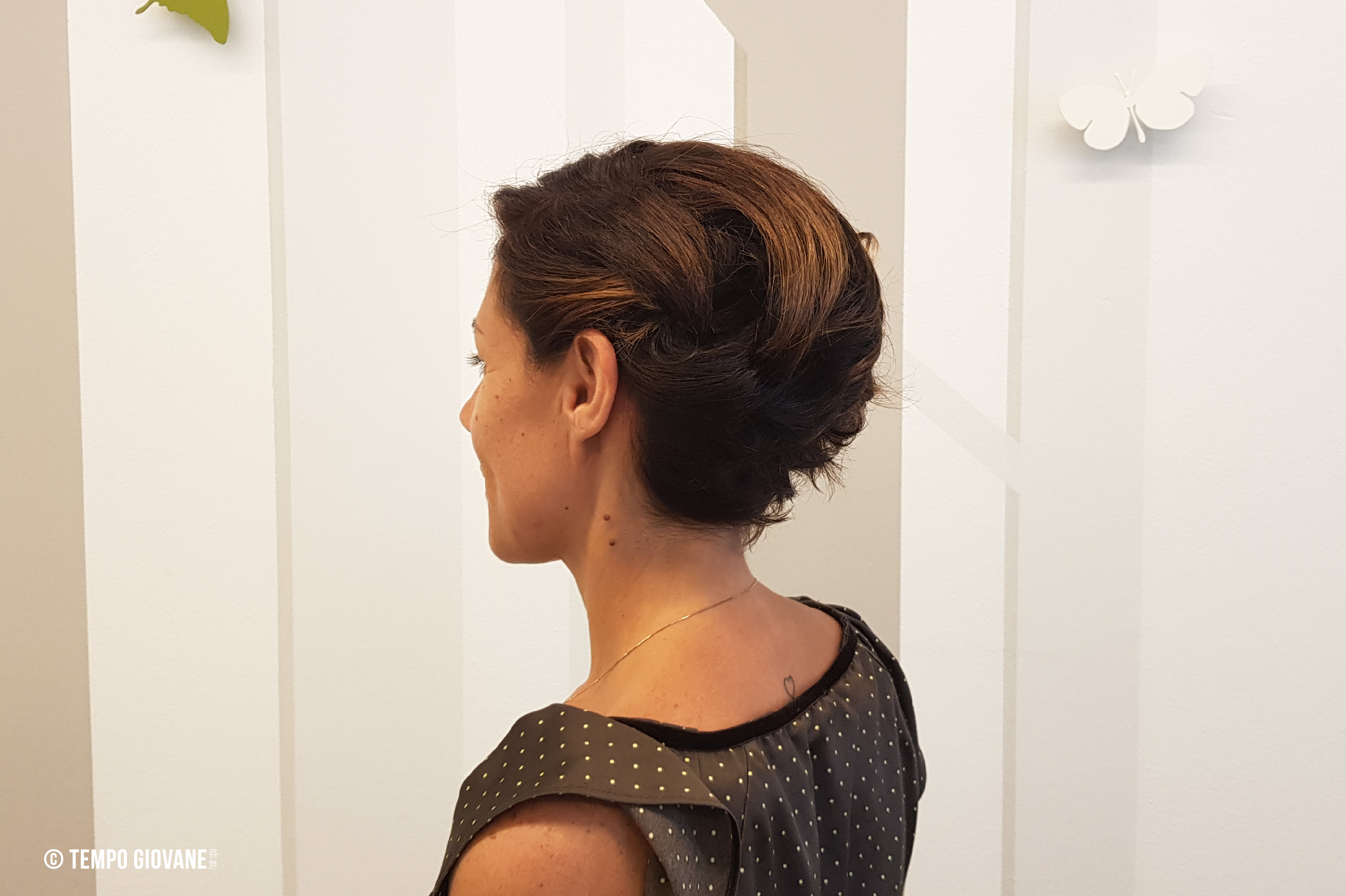 Raccolto su capelli corti