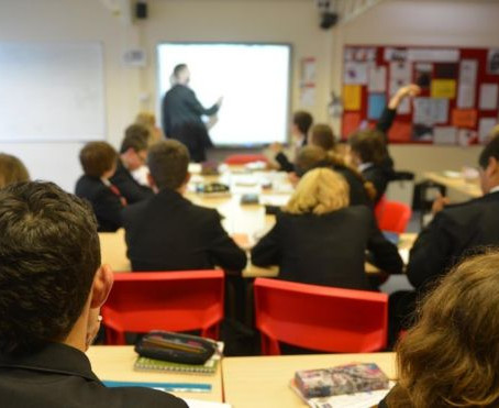 Teachers face weekly violence from pupils, says survey