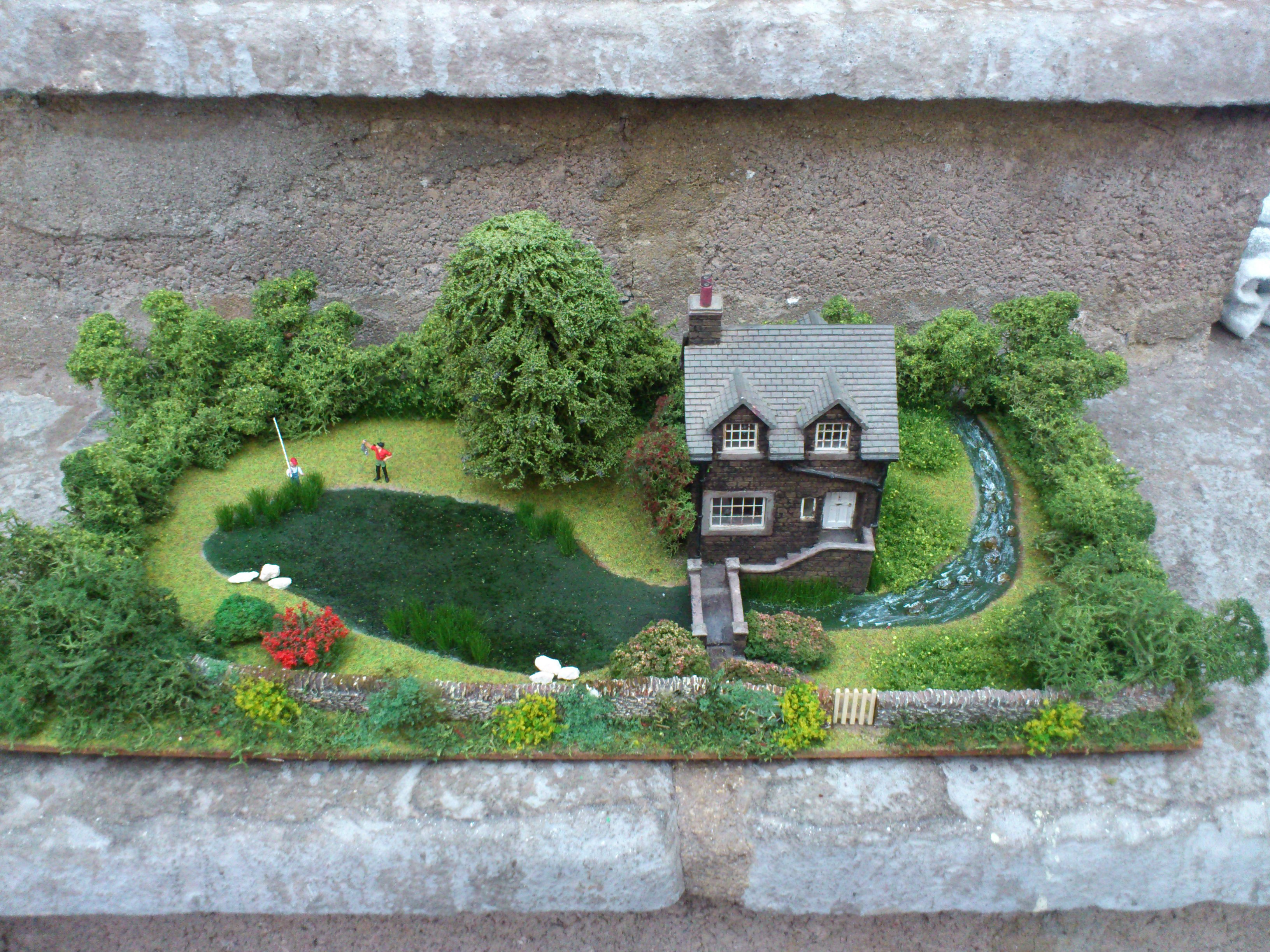 OO/HO River House Diorama